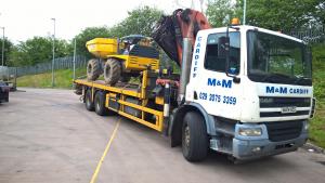 4 tonne dumper on hi-ab with Jon Racz
