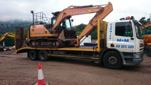 beavertail with Glyn Stephens Plant Hire cx130c excavator